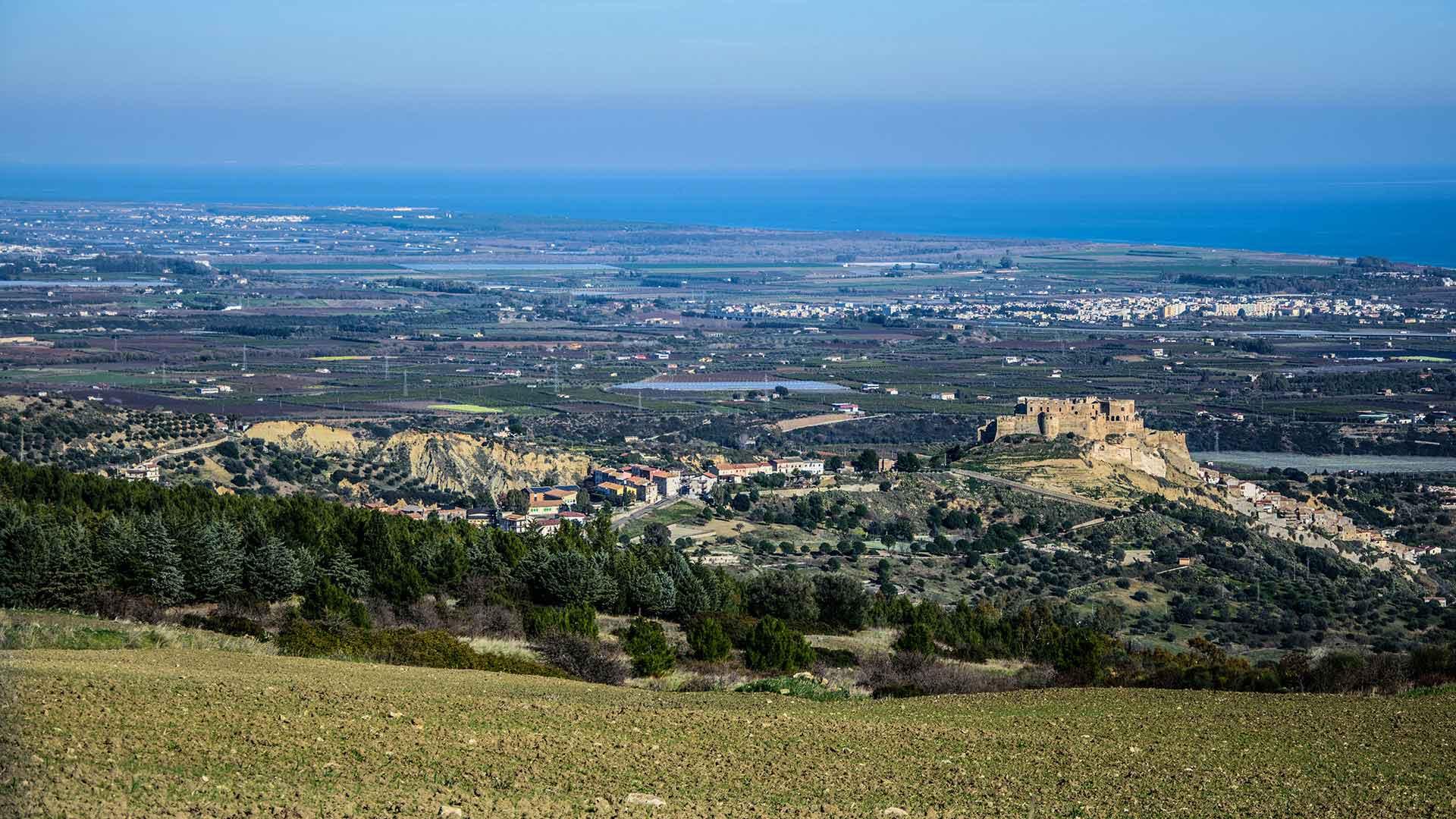 Castello Svevo di Rocca Imperiale - foto panoramica lato Canna (CS)