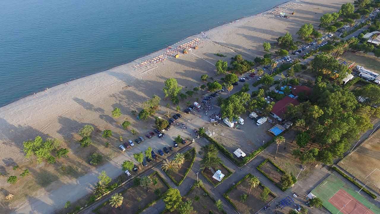 Spiagge di Rocca Imperiale - vista aerea villa e lungomare