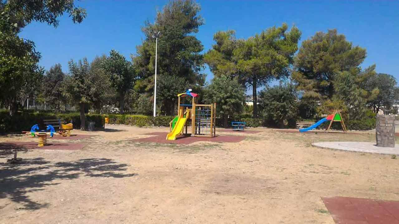 Villa comunale di Rocca Imperiale, giochi per bambini